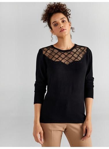 Faik Sönmez  Yakası Tül Nakışlı Ve Taşlı Triko Bluz 61690 Siyah
